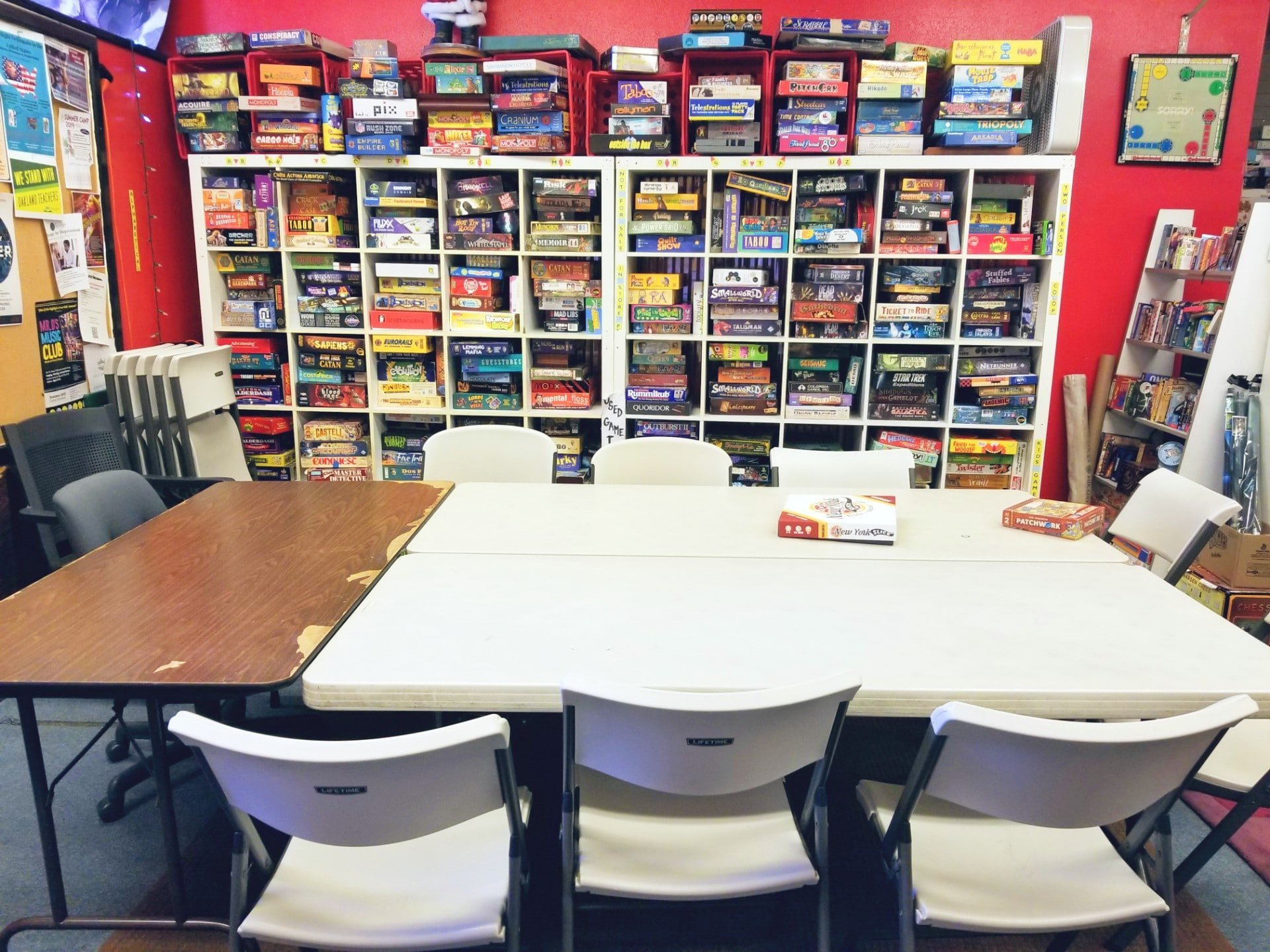 It's Your Move Games & Hobbies