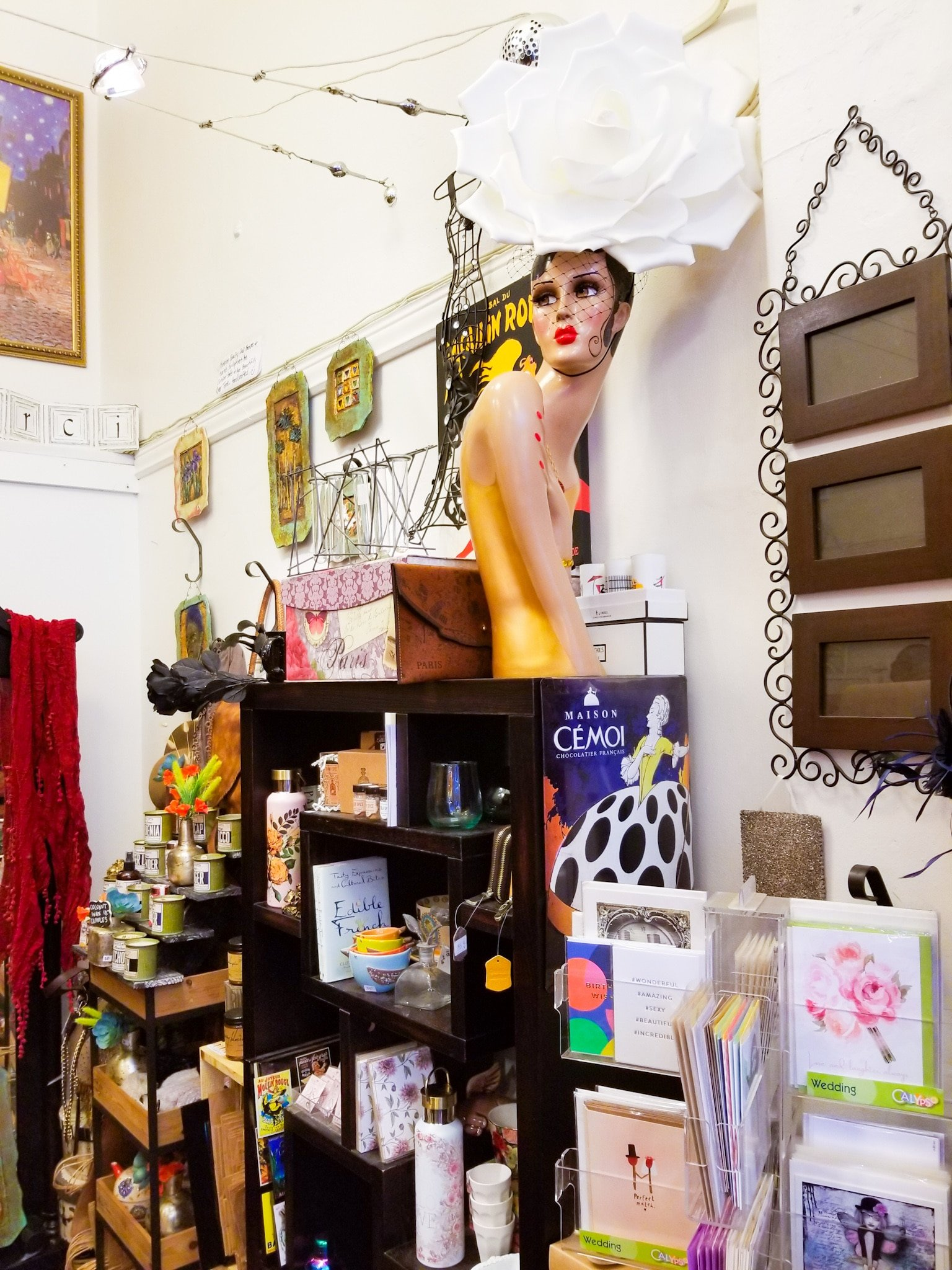 Oo La La Gifts & Accessories in Downtown Oakland
